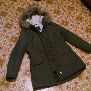 American Eagle winter coat fur green long small